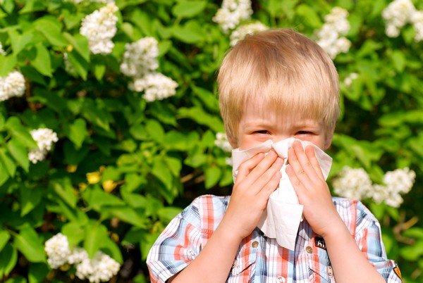 Как может проявляться аллергия у детей? фото