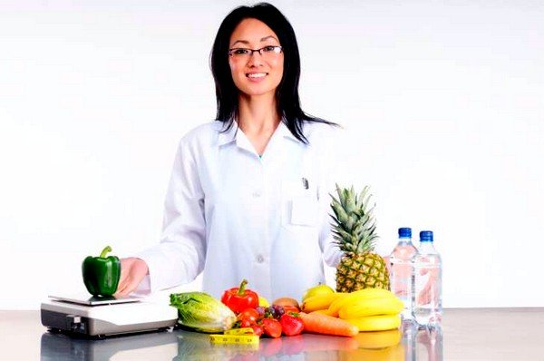 Если врач решил, что в конкретном случае требуется диета с исключением аллергенных продуктов, то потребуется консультация у диетолога