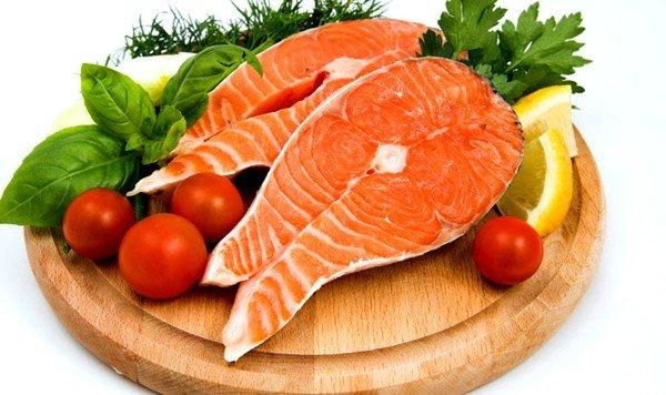 Красная рыба относится к сильным аллергенам