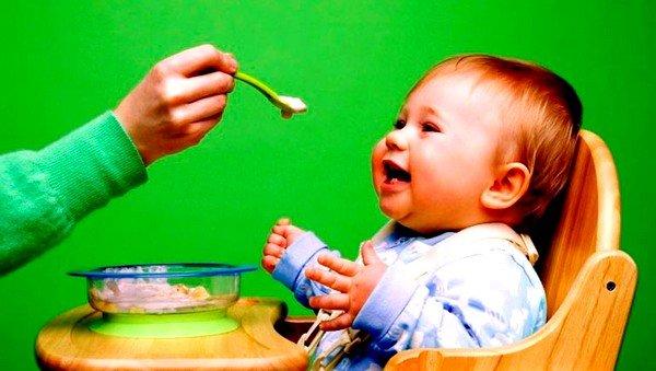 Прикорм нужно готовить на овощном отваре, а не молоке