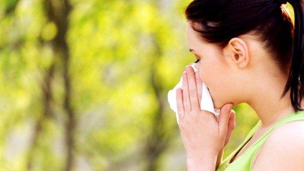 Причин появления аллергии много, и даже здоровый человек при длительном контакте может стать ее обладателем