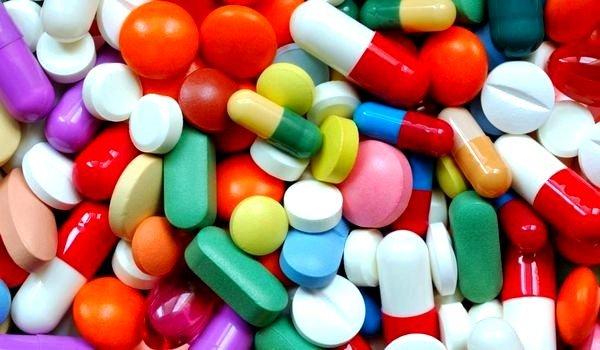 Для лечения свистящего кашля у детей существует немало различных препаратов