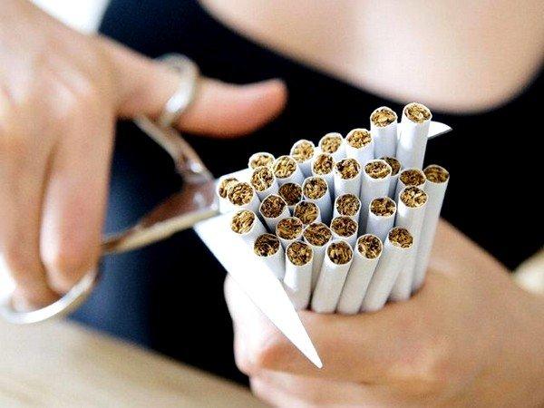 Приступы сухого кашля у бывших курильщиков - это абсолютно нормальное явление