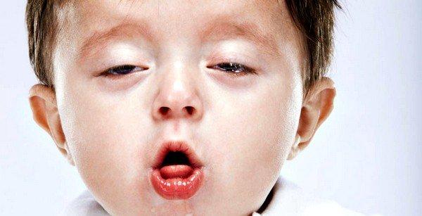 Независимо от возраста малыша, кашель очень выматывает детский организм