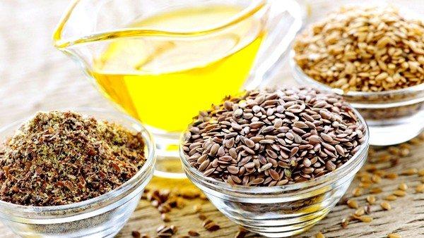 Увлажнить раздражённую бронхиальную слизистую оболочку при сухом кашле помогут маслянистые семена льна