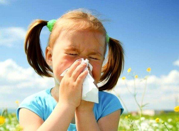 Аллергический кашель лечат только под врачебным контролем