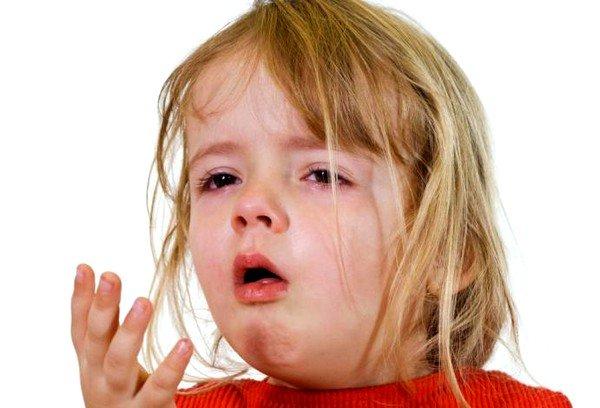 Аскорил рекомендуется применять при возникновении болезней лёгких, которые сопровождаются мокрым кашлем