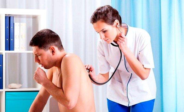 Сухой кашель - один из симптомов бронхиальной астмы