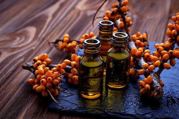 Масло эффективно применяется в гинекологии, дерматологии, при лечении сердечно-сосудистых, глазных заболеваний, гайморитов и стоматитов