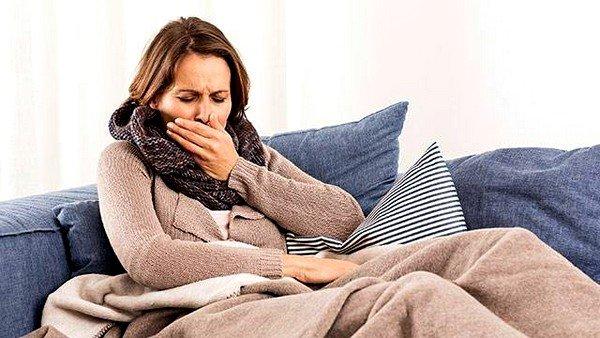 Почему возникает постоянный кашель у взрослого фото