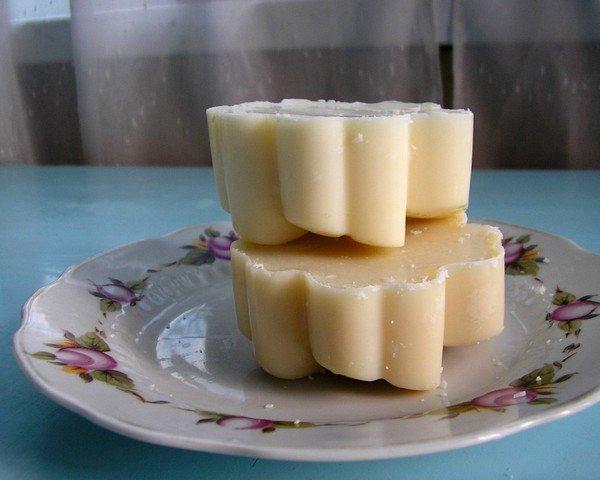 Козий жир с мёдом эффективен при застарелом кашле
