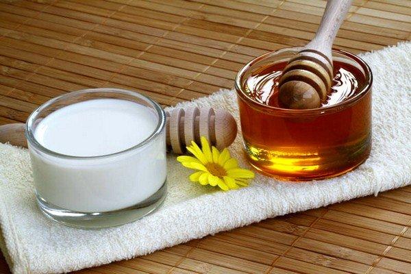 Польза молока с медом от кашля для ребенка фото