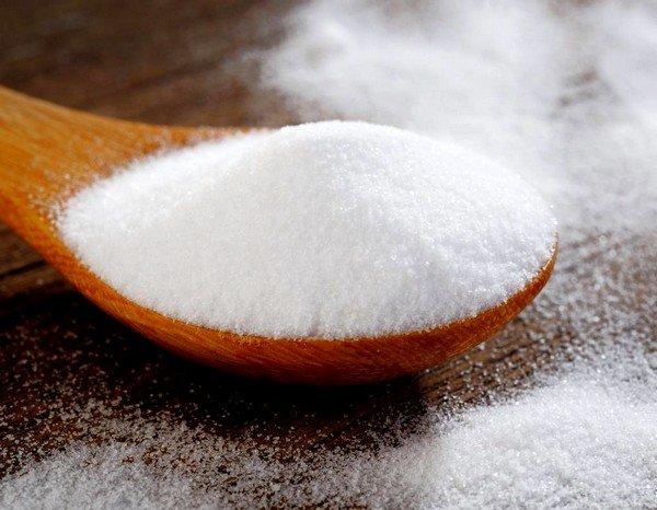 Пищевая сода – еще один компонент, позволяющий перевести непродуктивный кашель в продуктивную форму
