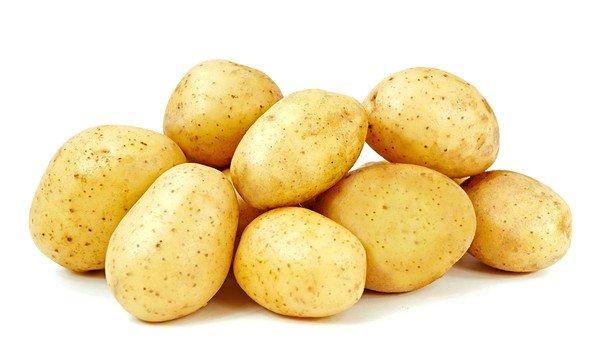 Ни в коем случае нельзя совмещать картофельную ингаляцию с курением