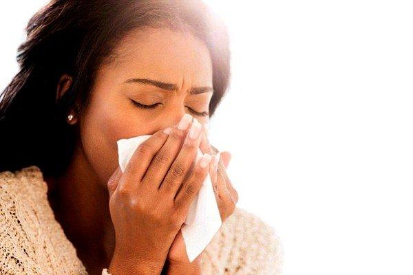 Причиной кашля может быть аллергия