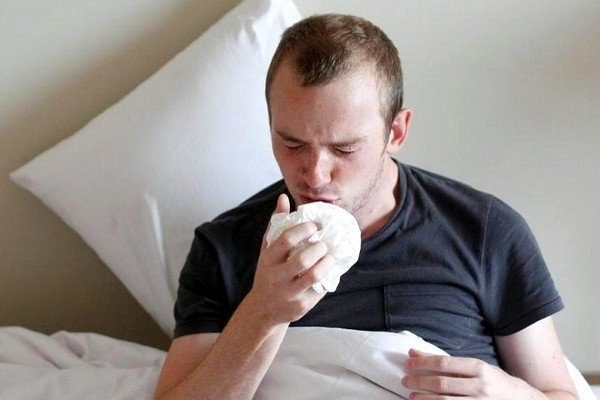 Если человек болен астмой, то ночью кашель усиливается
