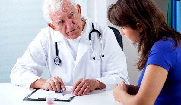 Если поставлен диагноз бронхиальной астмы или бронхита, то нужно с особенной аккуратностью подходить к лечению