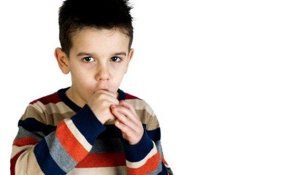 Приступообразный кашель у ребенка требует незамедлительного лечения