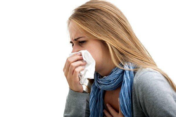 Первым делом нужно определить причину кашля и в срочном порядке приступать к лечебным процедурам