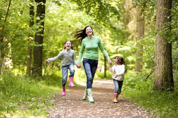 Для быстрого выздоровления необходимо больше времени проводить на свежем воздухе