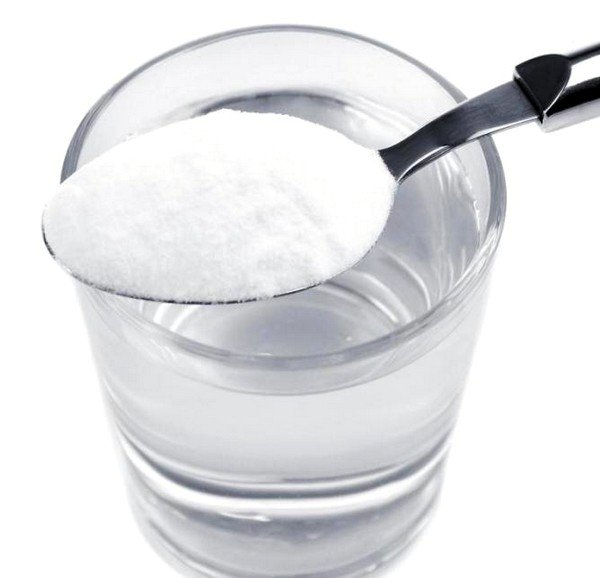 Полоскание содовым раствором помогает при кашле