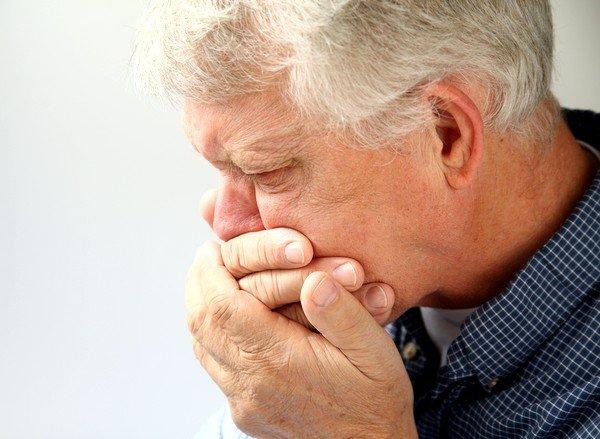 Применение алкоголя во время лечения может вызвать тошноту