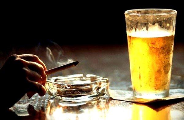 Рекомендуется отказаться от чрезмерного употребления алкоголя и сигарет