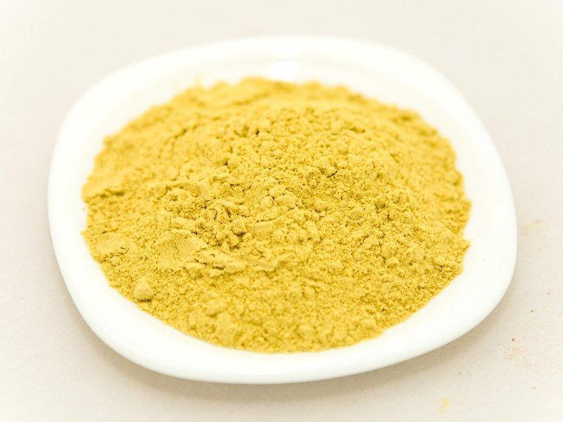 Использование горчицы в компрессах оказывает местное согревающее, раздражающее и противомикробное действие