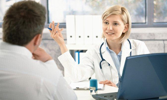 Если появляется мокрота желтого цвета при кашле, необходимо обязательно обратиться к врач