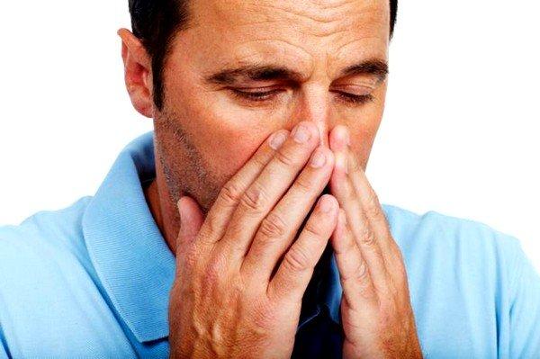 Аллергический кашель часто сопровождается развитием в организме больного бронхиальной астмы