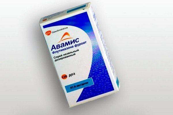 Авамис – лекарственное средство, позволяющее активно воздействовать на симптоматический кашель и аллергический ринит