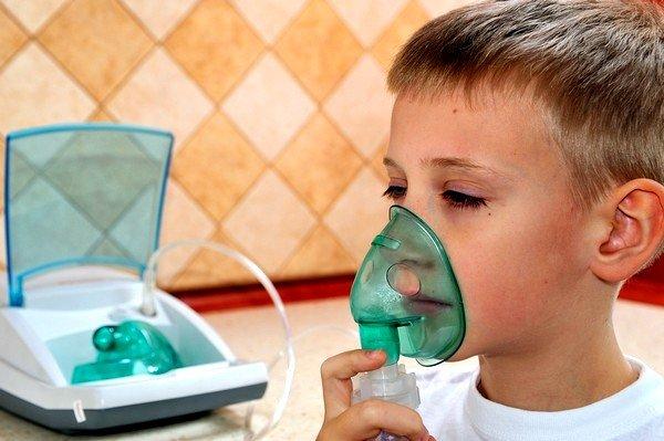 Ингаляции с физраствором при кашле у детей: показания к применению фото
