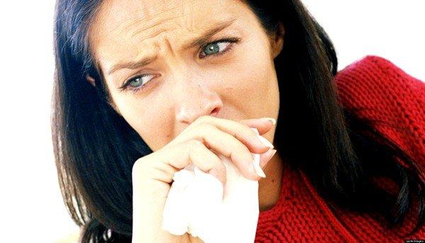 Отделение слизи при кашле  характерно для аллергического бронхита и ринита, а гнойной мокроты – при воспалительных процессах различной этиологии