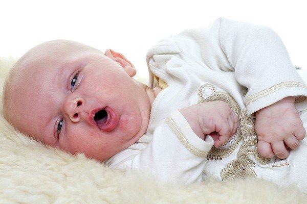 Советы родителям: что можно грудничку от кашля фото
