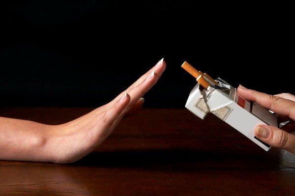 Курение может вызывать кашель