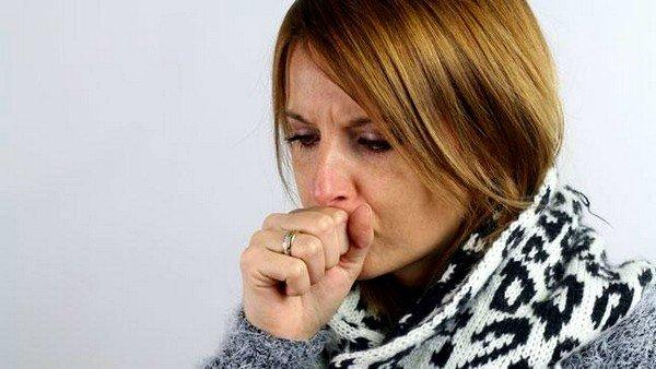 Сухой кашель может свидетельствовать о наличии различных клинических патологий, связанных с работой дыхательной и/или лёгочной системы