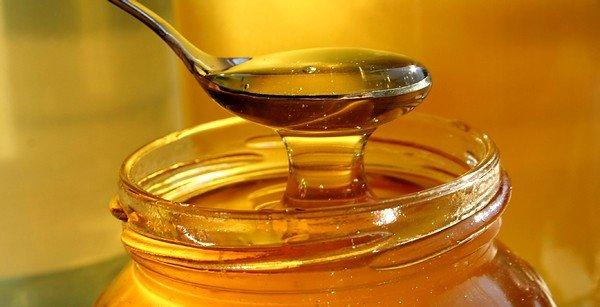 Мед тоже может помочь при аллергическом кашле