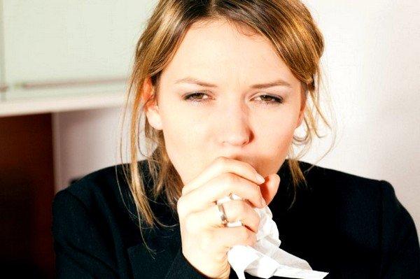 Как человеку избавиться от мокрого кашля? фото