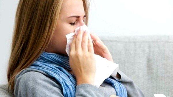 При аллергии отмечают и другие симптомы
