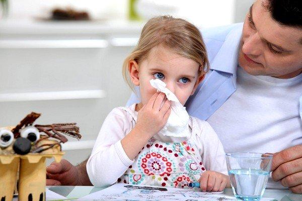 Скопление слизи в носоглотке может быть сигналом начала обострения хронического заболевания бронхолегочной системы