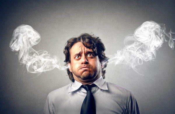 Подавленные эмоции и отсутствие свободы деятельности, творчества может быть причиной спазмов гортани и бронхов