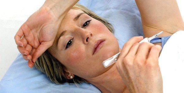 При заболевании бактериального характера возможно повышение температуры