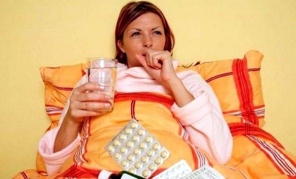 Кашель – это защитный процесс организма, который призван очистить дыхательные пути от аспирированных или ингалированных частиц