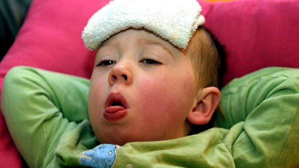Приступы, сопровождающиеся повышенной температурой, свидетельствуют о наличии инфекции