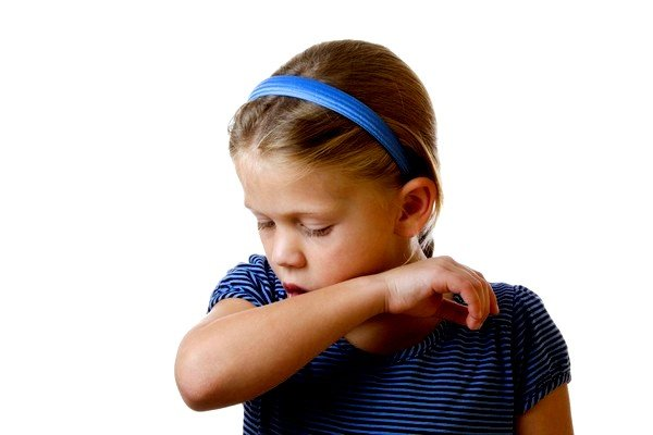 Бронхит может быть причиной кашля у ребенка