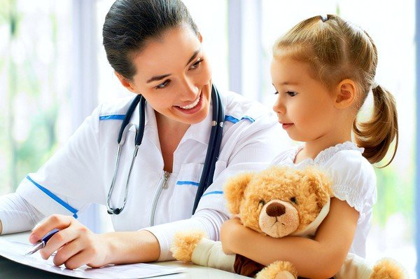Точную дозу лекарств для ребенка должен назначать специалист