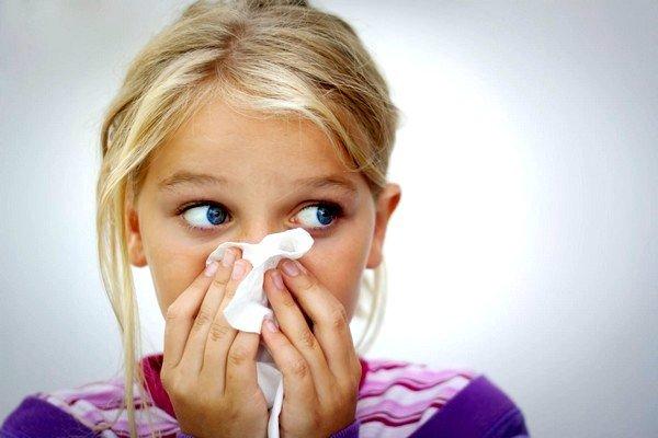 При простуде кашель обычно сопровождается другими симптомами