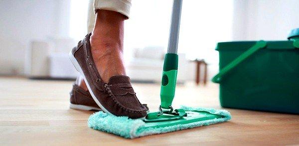 Рекомендуется жедневная влажная уборка