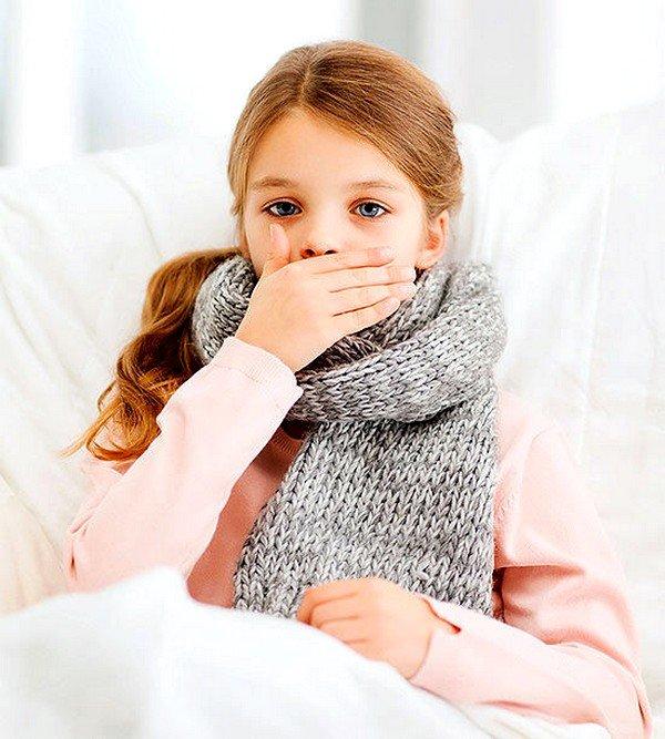 Фарингит может быть причиной детского кашля