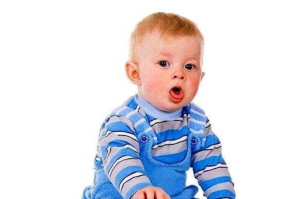 Кашель без видимых причин может начаться при попадании в систему дыхания мелкого предмета